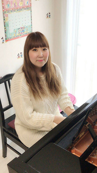 ピアノ講師
