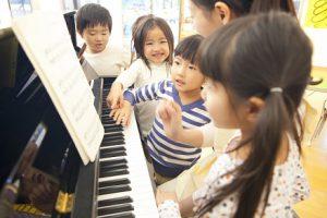 保育園 幼稚園 ピアノコース